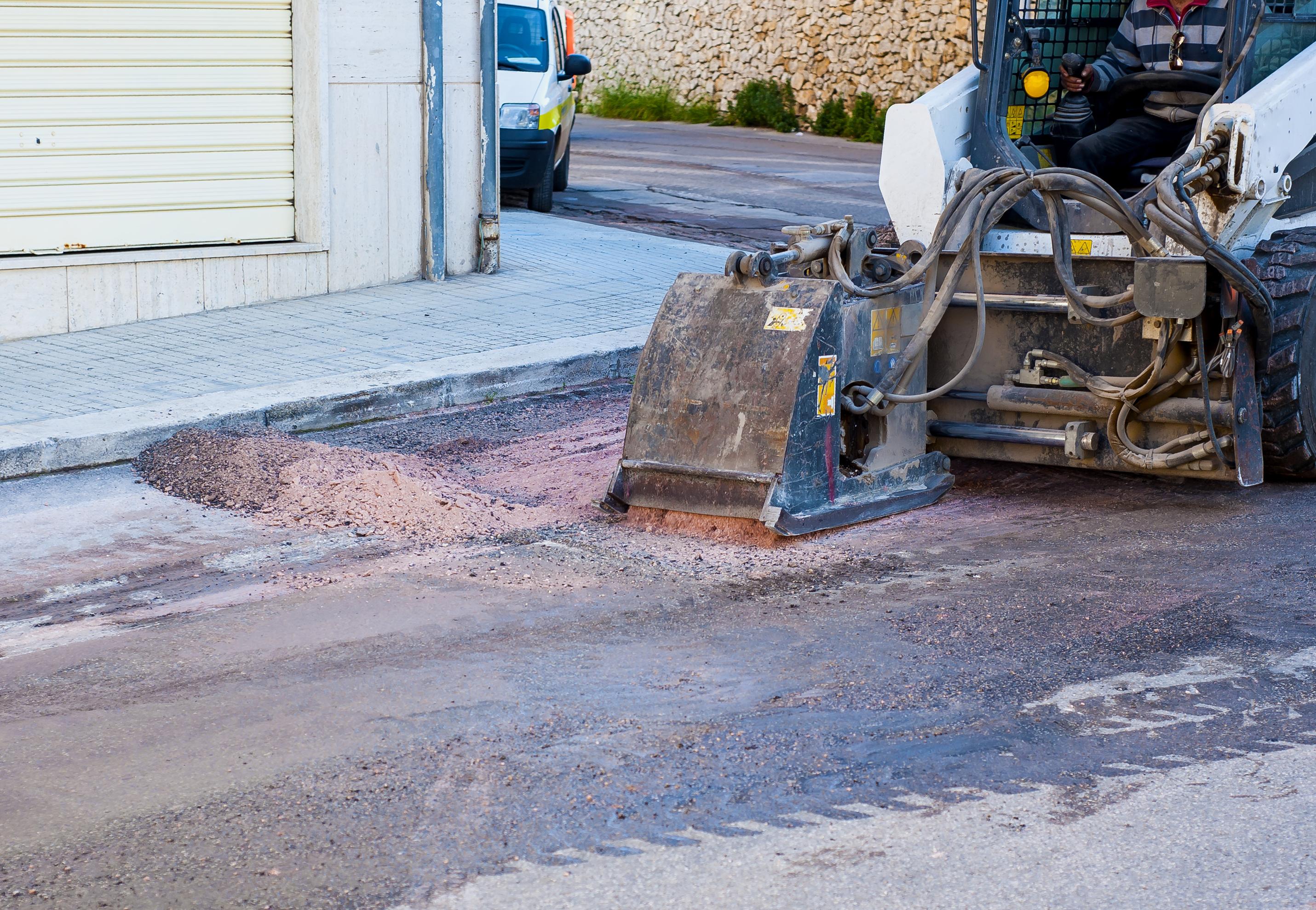asphalt_repair_100296890